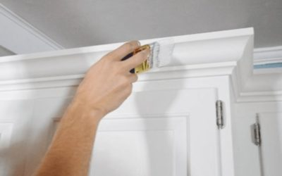 How to Paint Crown Molding (6 Easy Steps)